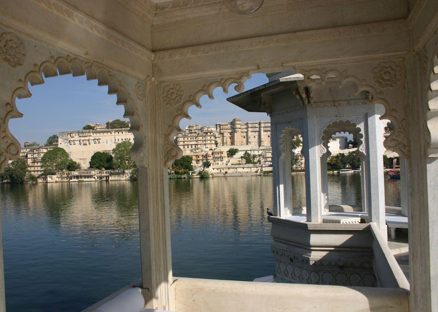 Taj lake palace pictures Top 8 Mistakes Seniors Make During Senior Portraits