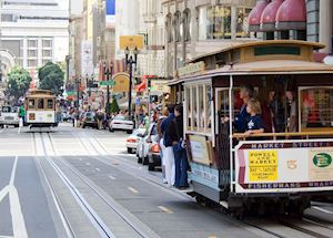 A San Francisco cable car